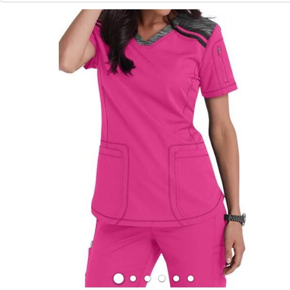 Dickies Dynamix Women's V-Neck scrub top